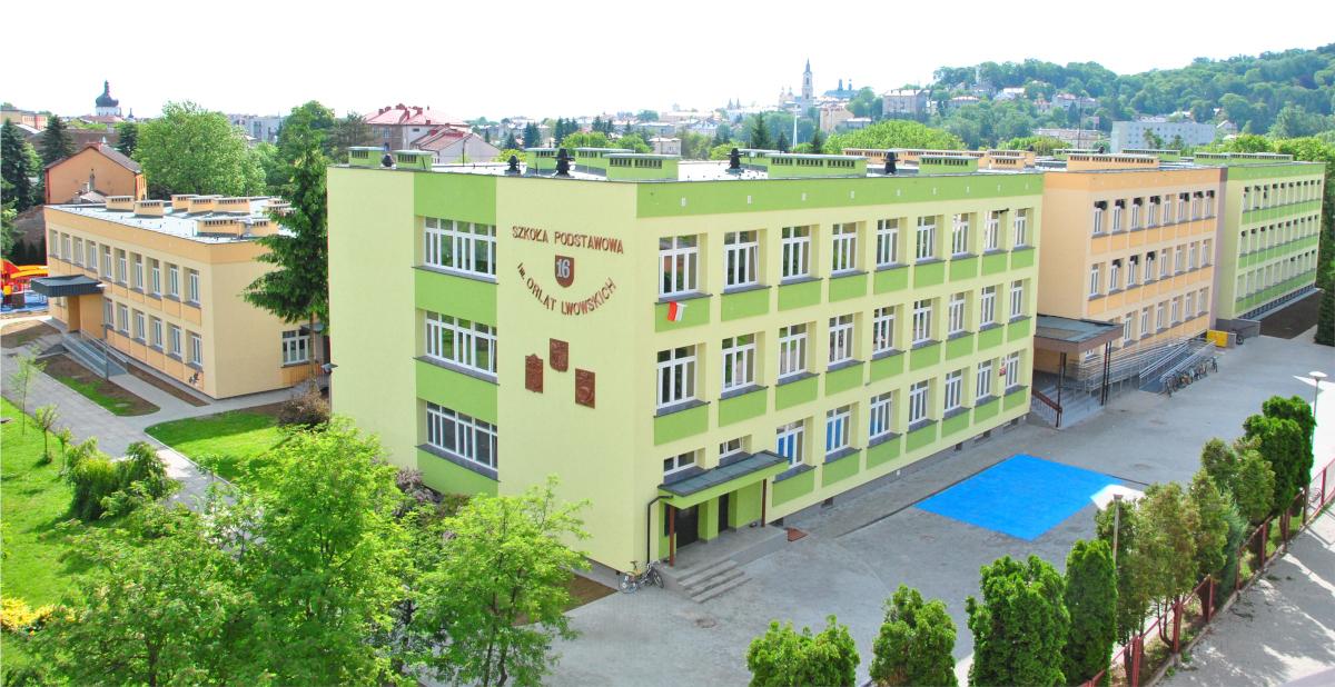 widok szkoły